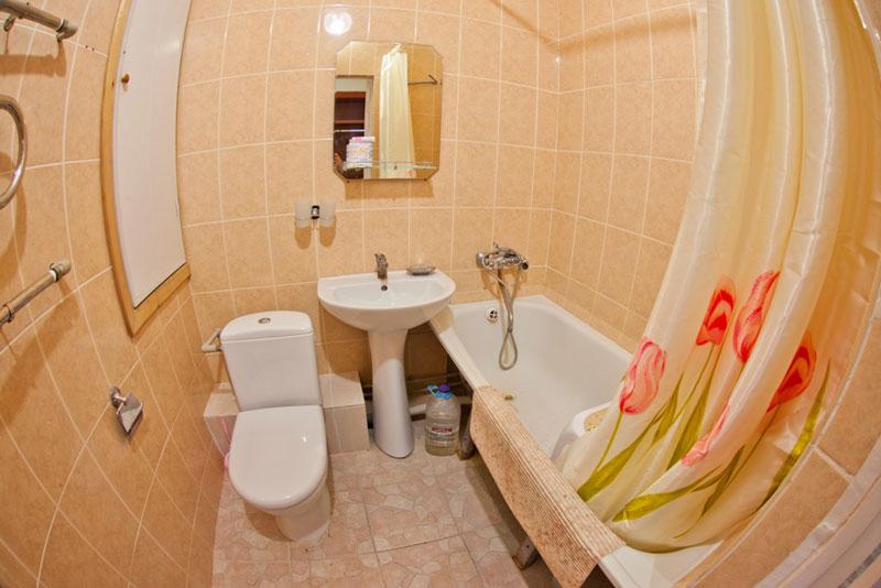 Улучшенный стандарт 1-комнатный 1-местный в Главном корпусе в санатории Приморье, г. Евпатория, Крым